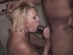 HUSBAND FILMING WIFE SUCKING THEIR BLACK BULL (compil)
