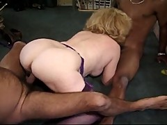 Kitty foxx interacial 3some