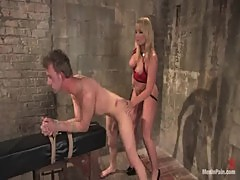 Mommy flower tucci fucking a guy hard up the asshole 1